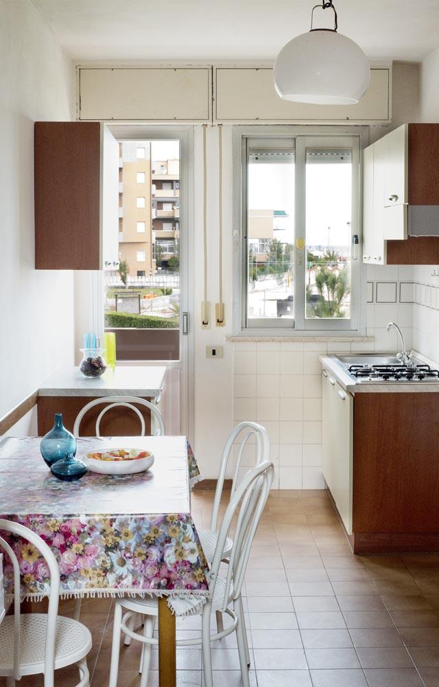 Appartamenti ponte sasso di fano sul mare for Foto di appartamenti arredati